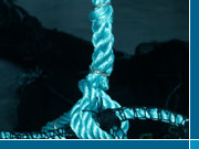 Twisted ropes in synthetic fibres